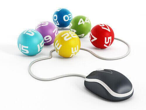 bingo balls and mouse